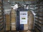 Polícia apreende 741kg de maconha em fundo falso de caminhão