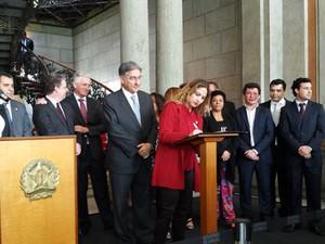 Governo de Minas Gerais e Sind-Ute assinam acordo de piso salarial de professores estaduais (Foto: Michele Marie / G1)