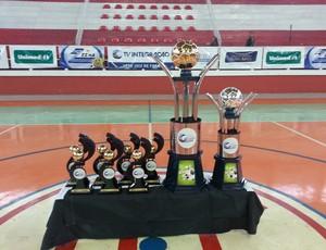 Troféus Copa Integração de Futsal 2013 (Foto: Roberta Oliveira)