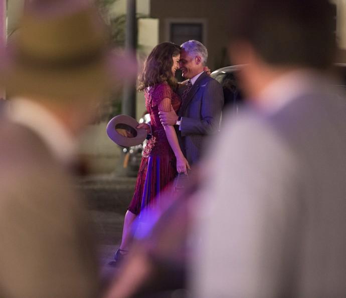 Braz vê Diana e Severo juntos (Foto: Fábio Rocha/Gshow)