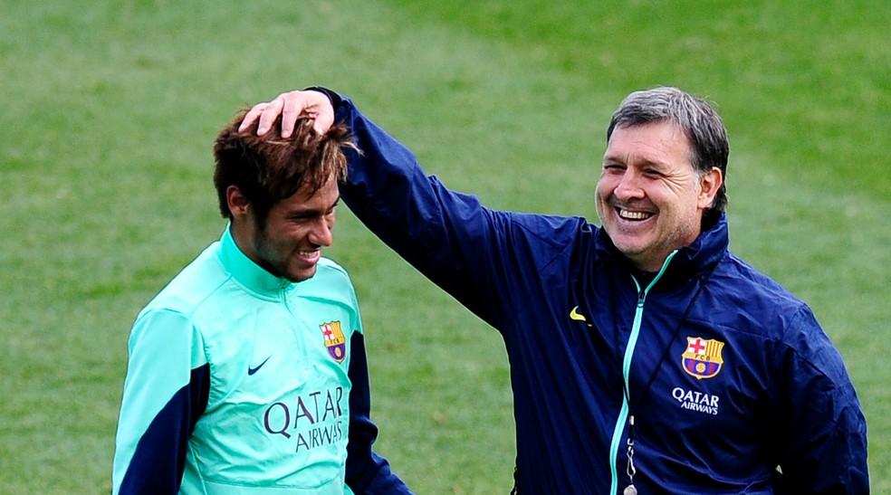 Tata Martino, vice com o Newell's em 1992, comandou Neymar no Barcelona recentemente (Foto: AP )