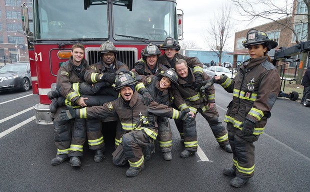 Bastidores da 4ª temporada de Chicago Fire.