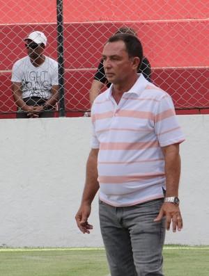 Eduardo Neto, técnico do Corinthians-AL (Foto: Paulo Victor Malta / Globoesporte.com)