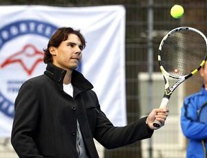 Rafael Nadal participa de inauguração de quadra de tênis na Holanda (Foto: EFE)