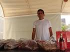 Empresário cria tempero e é sucesso entregando carnes prontas no Natal