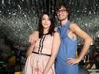 Pedro Falcão posa com a namorada e fala de intimidade: 'Sexo é um jogo'