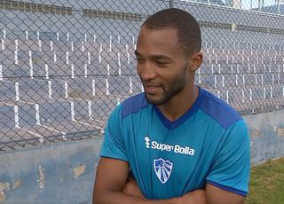 Jorge Araujo, latgeral-direito angolano contratado pelo Cruzeiro-RS (Foto: Reprodução)