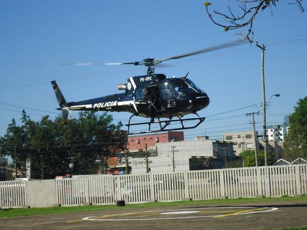 Polícia utilizou helicóptero para procurar pistas (Foto: Divulgação/Polícia Civil)