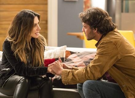 Henrique revela a Tamara que está namorando Penélope