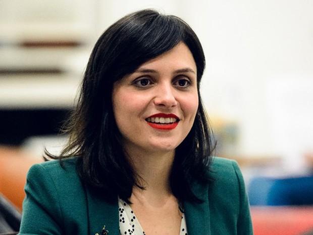 A atriz Mônica Iozzi durante gravação (Foto: Ramon Vasconcelos/Globo)