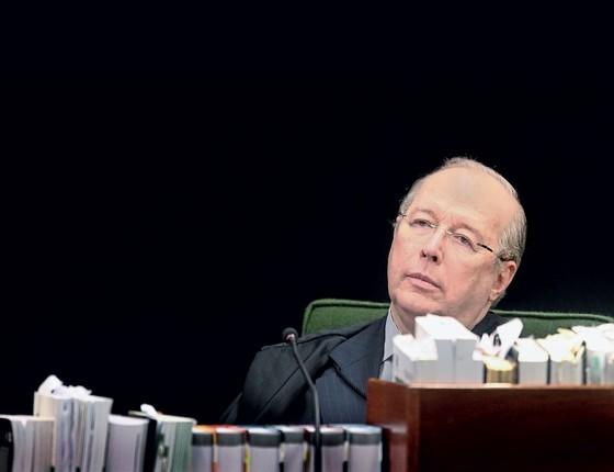 """Celso de Mello,do decano  do STF """" Somos todos  servos da lei para que  possamos ser  livres"""" (Foto: Agência Senado)"""