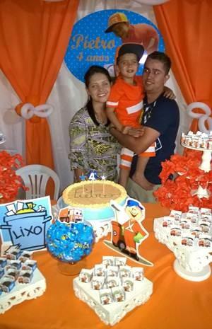 Ana Paula, Pietro e Danilo no aniversário (Foto: Arquivo Pessoal)