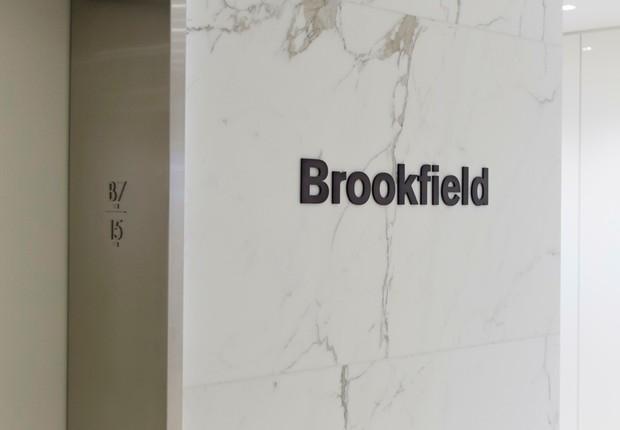 Logo da Brookfield é visto no escritório da empresa (Foto: Reprodução/Facebook)