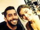 Ex-BBB Marcelo tieta e tira foto com Grazi Massafera na academia
