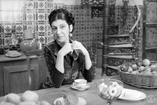 Marília Pêra em O Primo Basílio, de 1988 (Foto: TVGlobo / Divulgação)
