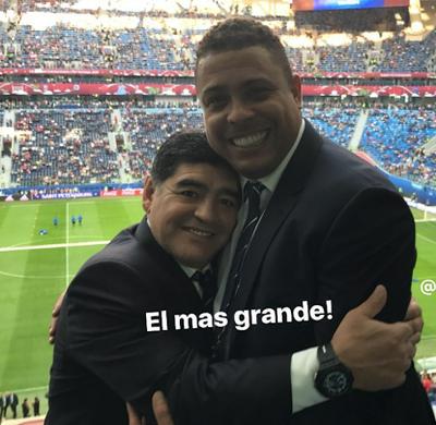 Ronaldo e Maradona (Foto: Reprodução/Internet)