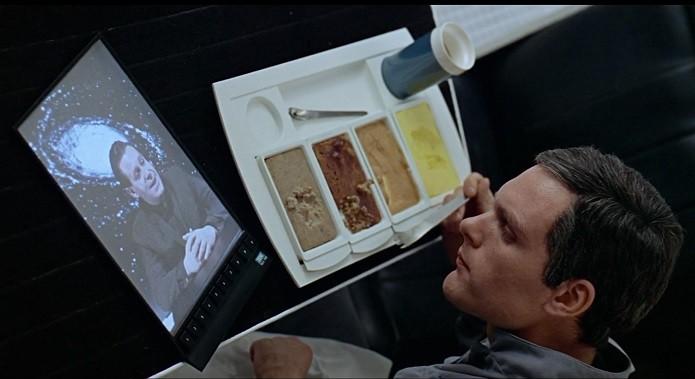No filme 2001 - Uma Odisseia no espaço, os astronautas usavam tablets (Foto:Reprodução/YouTube)