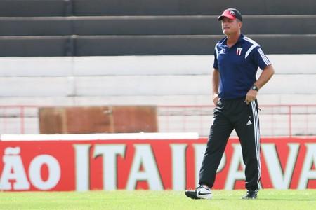 Mazola Júnior, técnico do Botafogo-SP (Foto: Rogério Moroti/Agência Botafogo)