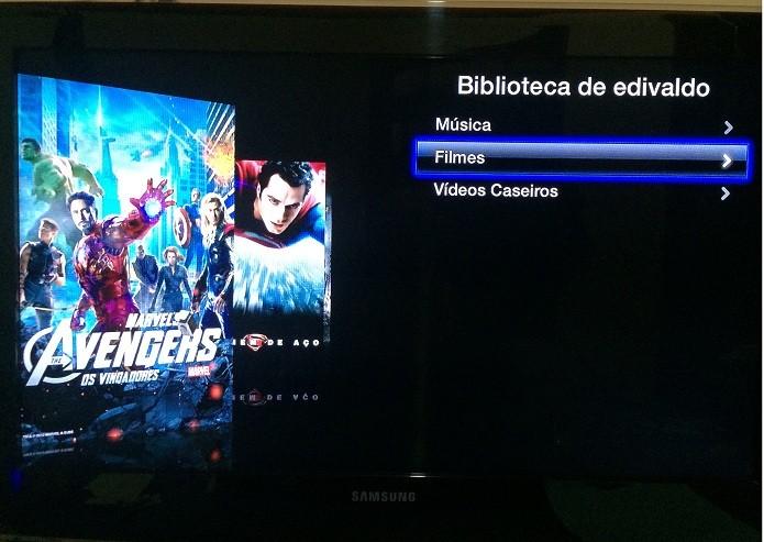 Acessando a biblioteca de filmes na AppleTV (Foto: Reprodução/Edivaldo Brito)