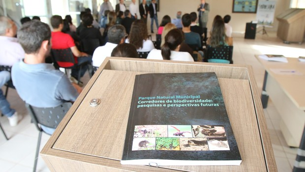 'Pesquisas e Perspectivas Futuras' (Assis Cavalcante)