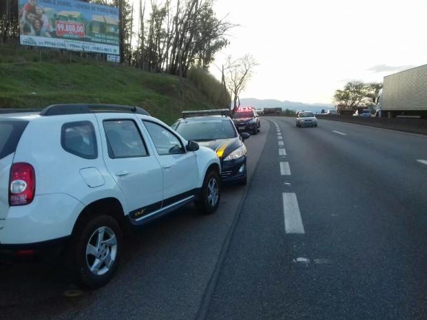 PRF informou que motorista estava emocionalmente abalado (Foto: Divulgação/PRF)