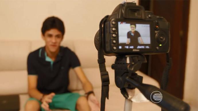 Gutierrez Silva conquistou 80 mil seguidores com vídeos de comédia na web (Foto: Reprodução/Rede Clube)