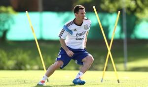 Lionel Messi treino Argentina (Foto: AP)