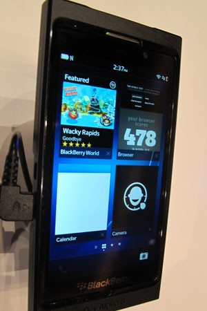 Novo sistema operacional da RIM, 'BlackBerry 10' (Foto: Daniela Braun/G1)