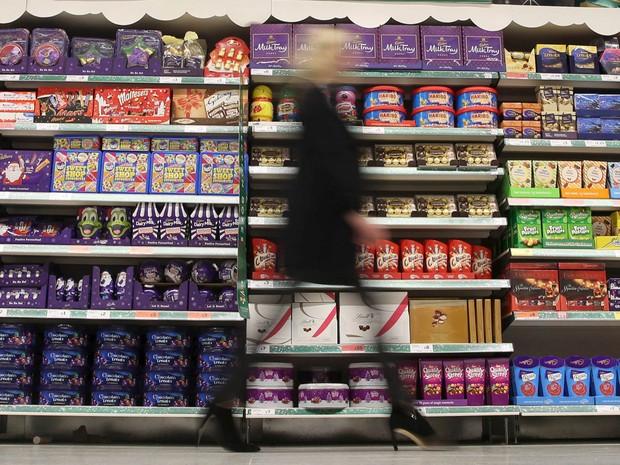 Alimentos com baixo teor de gordura podem esconder surpresas desagradáveis para quem está de dieta  (Foto: Reuters/Neil Hall/files)