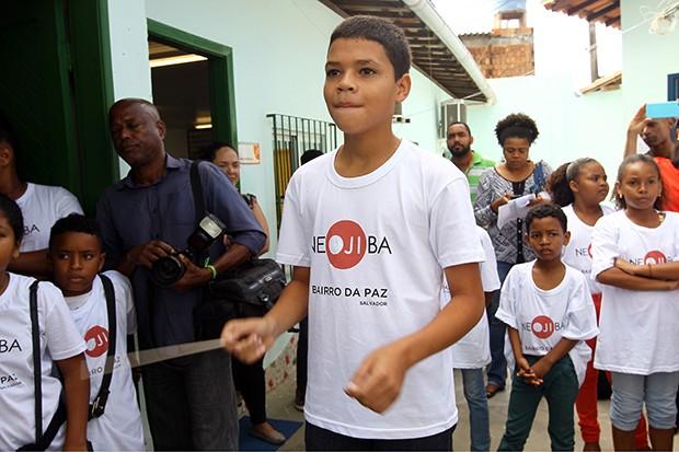 Rafael treinando regência (Foto: Camila Souza GOV-BA)