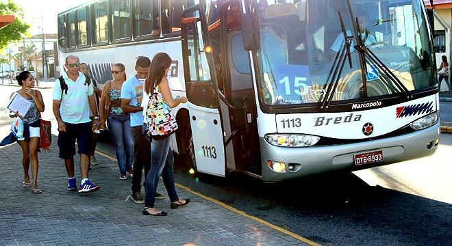 tranporte universitário (Foto: reprodução - Prefeitura de Itanhaém)
