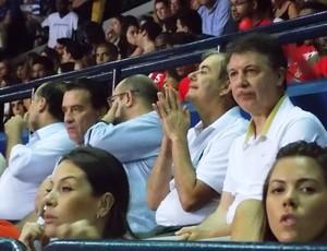 Ruben Magnano assiste a Pinheiros e São José (Foto: Filipe Rodrigues/ Globoesporte.com)