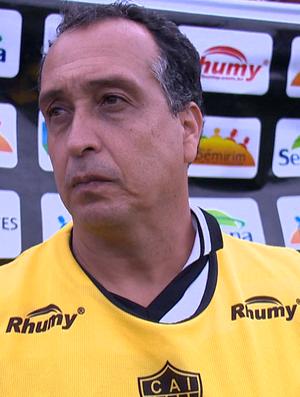 Charles de Almeida, técnico do Atlético-ES (Foto: Reprodução/TV Gazeta)