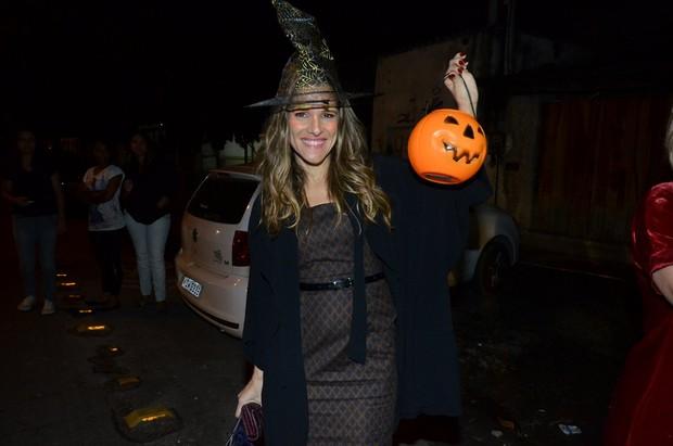 Ingrid Guimarães em festa de Halloween no Rio (Foto: Léo Marinho/ Ag. News)