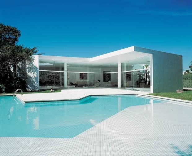 As casas de oscar niemeyer casa vogue arquitetura - Fotos de casas en forma de l ...