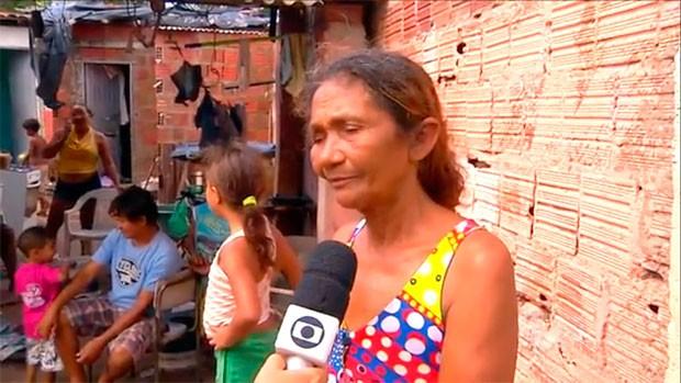 Rita Miguel, que vive de reciclagem, admite que filha era usuária de drogas   (Foto: Reprodução/Inter TV Cabugi)