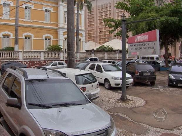 Lojas do centro não terão expediente no dia 25, em Cuiabá. (Foto: Reprodução/TVCA)