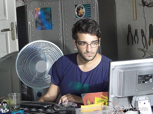Davi fica tão concentrado que consegue terminar seu projeto (Foto: Geração Brasil / TV Globo)