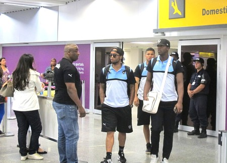 Desembarque Botafogo (Foto: Thales Soares)