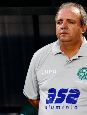 Técnico do Guarani, Oswaldo Alvarez (Foto: Marcos Ribolli / Globoesporte.com)