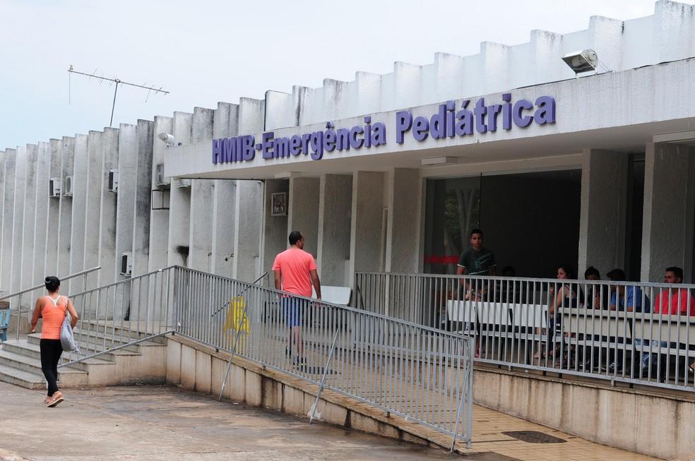 Entrada da emergência do Hospital Materno Infantil de Brasília (Hmib) (Foto: Renato Araújo/Agência Brasília)