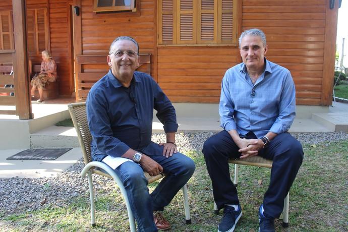 Galvão Bueno e Tite conversaram bastante (Foto: Sidney Garambone)