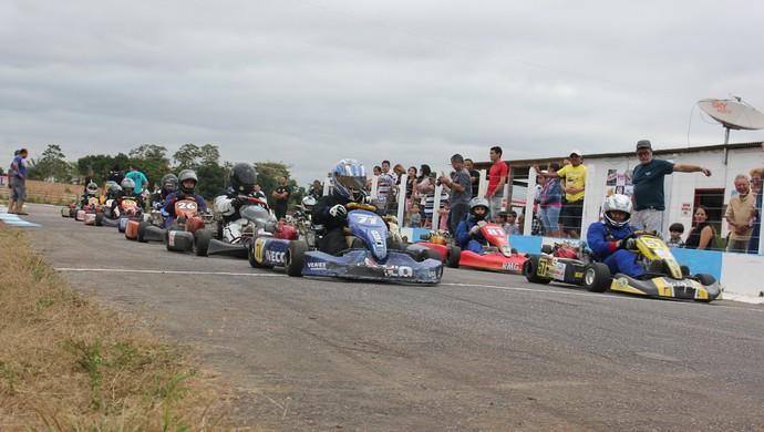 4ª Etapa do Campeonato Municipal de kart de Porto Velho-RO (Foto: Shara Alencar/GLOBOESPORTE.COM)
