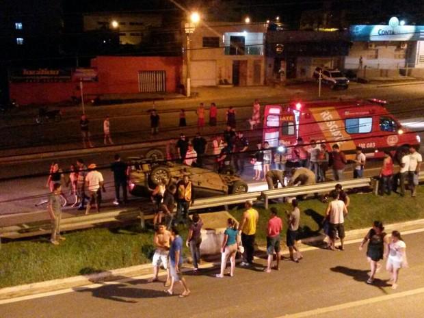 Capotamento ocorreu no perímetro da BR-364 em Ji-Paraná (Foto: Reprodução/Whatsapp)