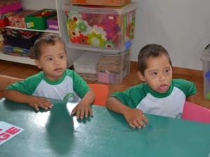 Crianças tem a possiblidade de desenvolver sua habilidades (Foto: Magda Oliveira/G1)