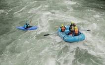 Sinta a emoção do rafting no Chile