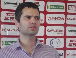 Marcelo Rêgo, médico do América-RN (Foto: Matheus Magalhães/Globoesporte.com)