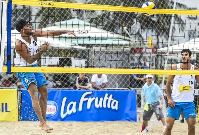 Carambula tem um estilo único dentro das quadras (Foto: Divulgação/FIVB)