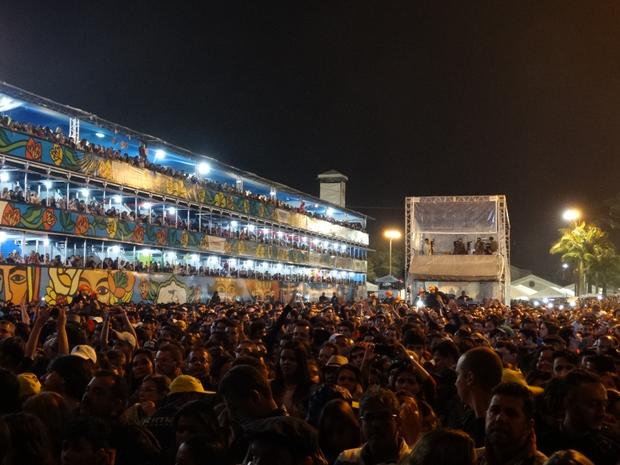 Público da 10ª noite do Festival de Inverno de Garanhuns (Foto: Jael Soares)