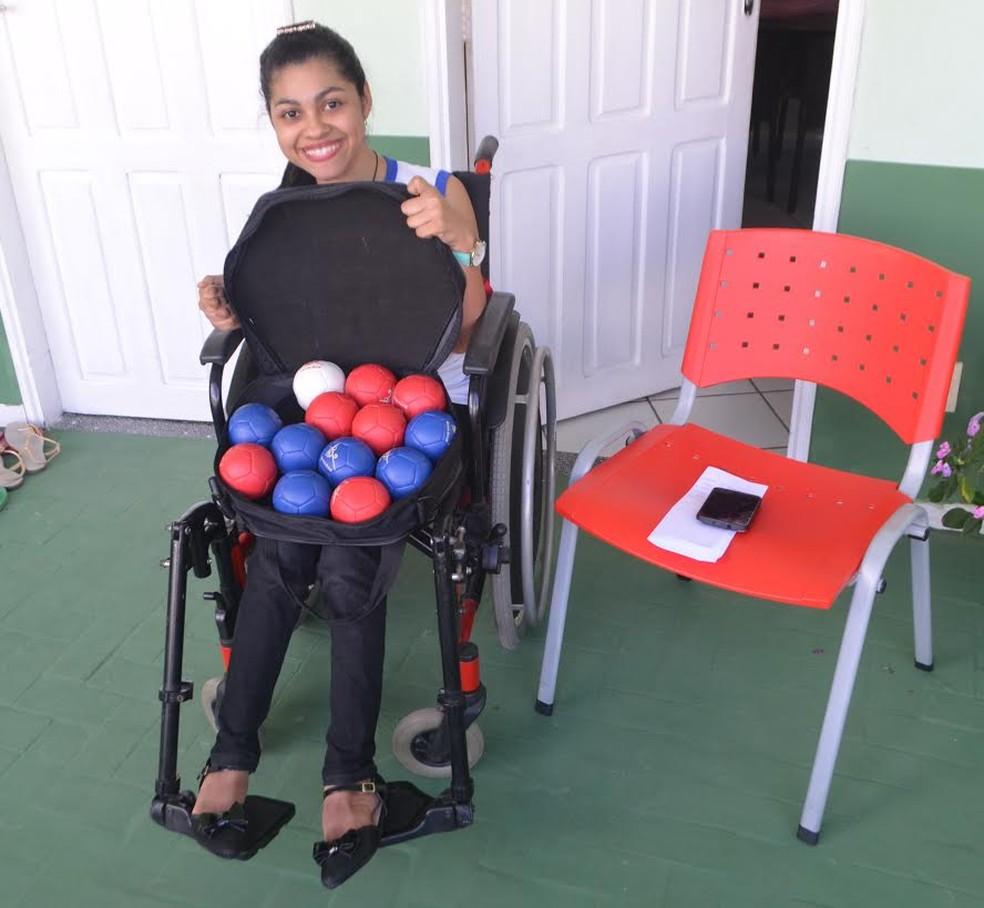 Cruzeirense Rita de Cássia busca apoio para disputar etapa Norte do Brasileiro Paralímpico de Bocha  Adaptada (Foto: Adelcimar Carvalho)